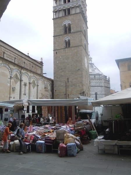 Photo of PISTOIA: a dicembre undici appuntamenti col mercato in Piazza Duomo
