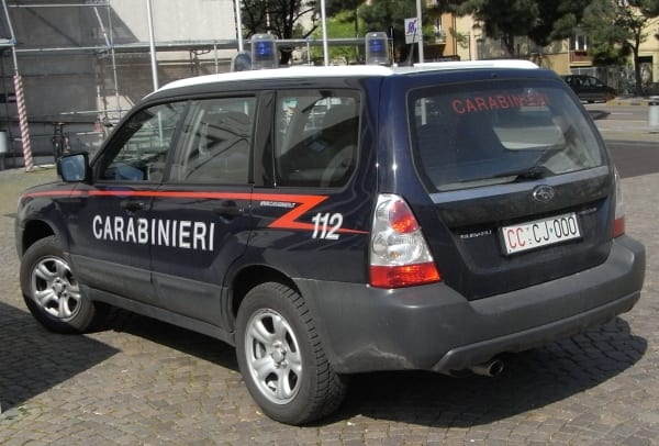 Photo of FIRENZE – Su Suv rubato con asce e tronchesi: 3 arresti