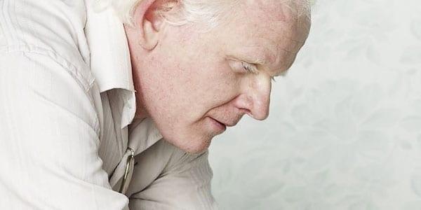 Photo of PISTOIA – Tagliata la pensione di invalidità a giovane affetto da albinismo