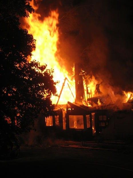 Photo of A fuoco appartamento, 5 persone evacuate a Firenze
