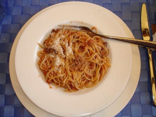 Photo of PRIMI – Spaghetti crudo e funghi