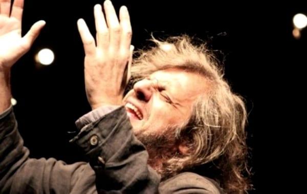 Photo of EMPOLI – Alessandro Bergonzoni chiude la stagione teatrale con 'Urge'