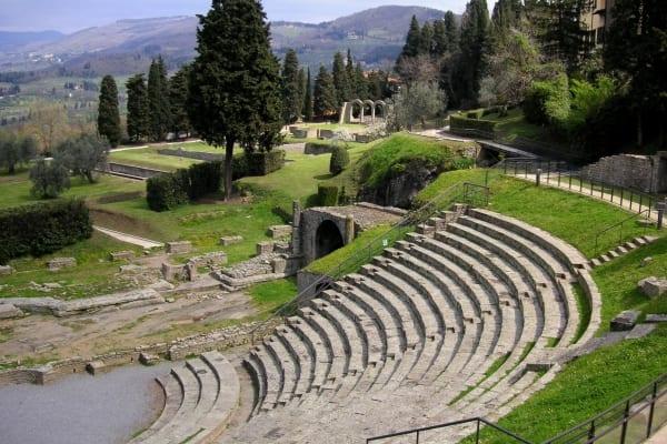 Photo of FIESOLE – Archeologie del paesaggio urbano: scoperta della città etrusca, romana e altomedievale