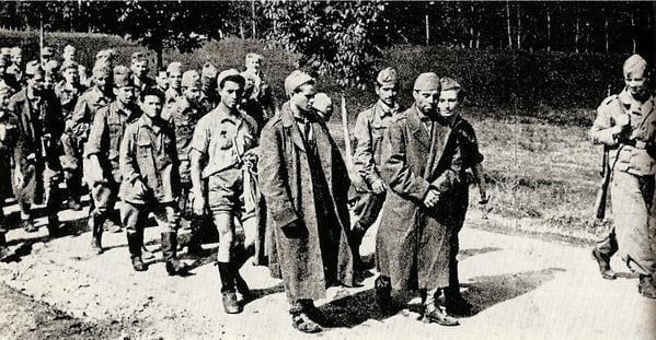 Photo of La Grecia chiede 162 miliardi di danni alla Germania per l'occupazione nazista. E l'Italia dorme