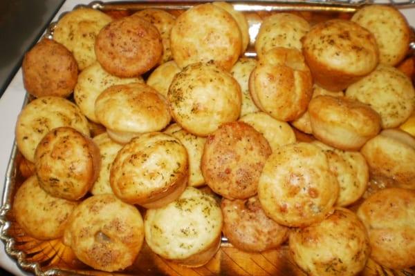 Photo of Una variazione alla ricetta classica: Muffins al formaggio.