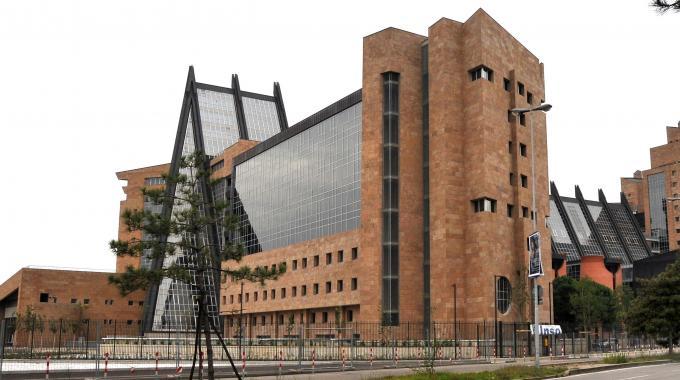 Photo of FIRENZE – Falso allarme bomba al Palazzo di Giustizia