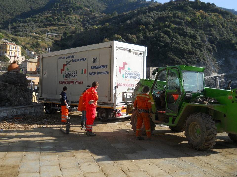 Protezione civile toscana in azione