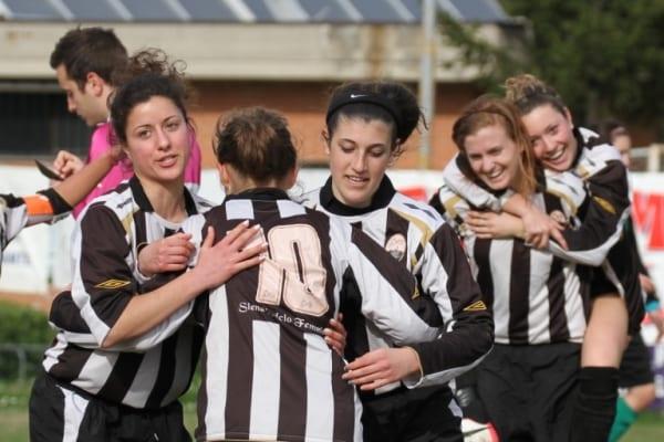 Photo of Al via la preparazione del Siena Calcio Femminile