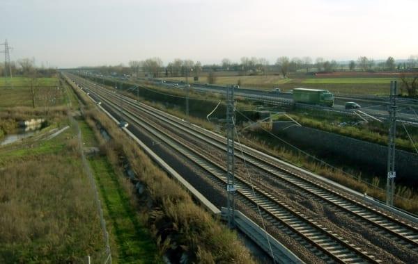 Photo of FERROVIE – Salve le piccole stazioni sulla Firenze-Lucca-Viareggio