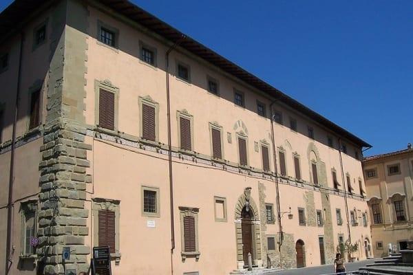 palazzo vescovile arezzo