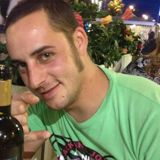 Photo of VIAREGGIO – Padre da pochi giorni, muore 28enne