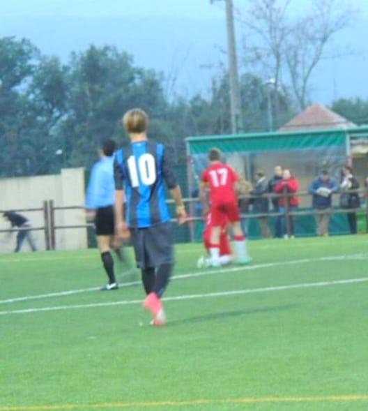 Lapo Toccafondi con la maglia numero 10 dell'Fc Internazionale - Prato
