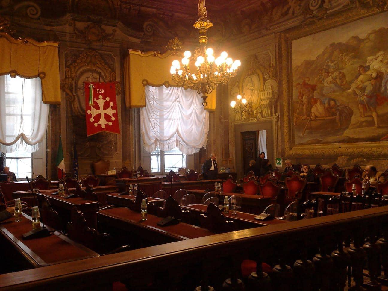 Photo of PISA – Garzella (PDL): 'Via le bancarelle del Duomo entro tre mesi?'