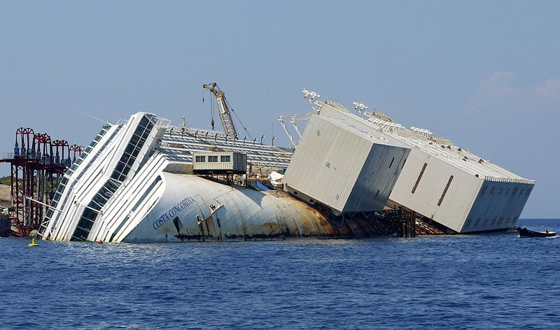 Photo of COSTA CONCORDIA – Sub iberico muore nel relitto