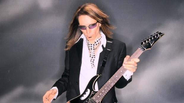 Photo of Steve Vai all'ObiHall di Firenze il 1 ottobre