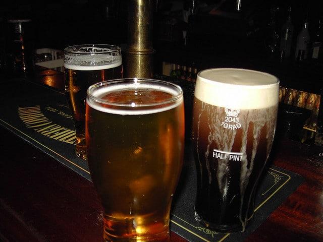 Photo of INGHILTERRA – Ruba in un Pub ma si ubriaca, sviene ed è arrestato.