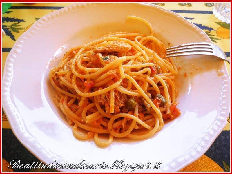 Photo of Sgombri alla livornese con gli spaghetti