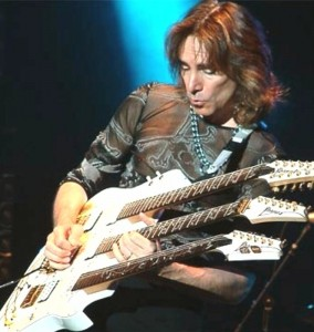 Photo of Steve Vai in concerto a Firenze il 1 ottobre