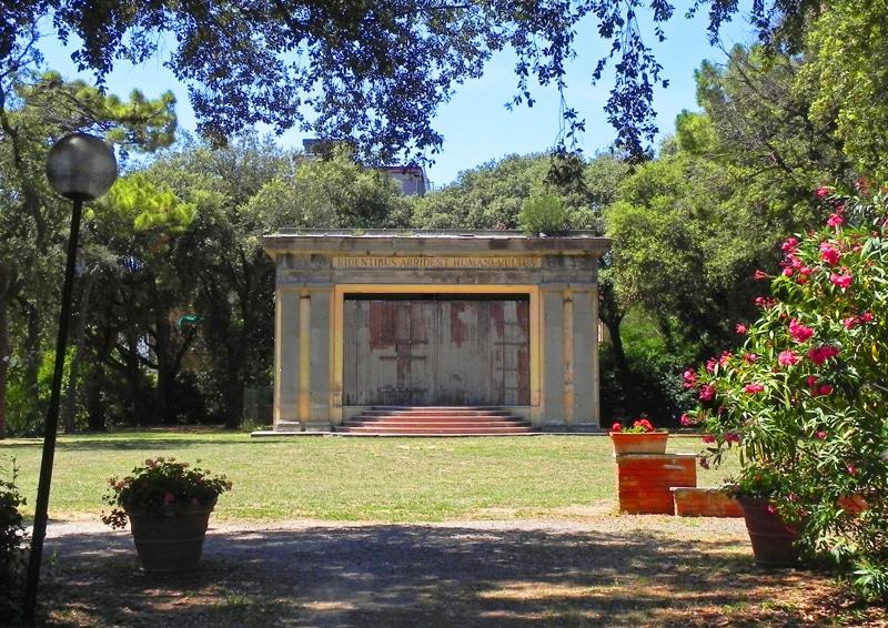 Teatrino-villa-Mimbelli