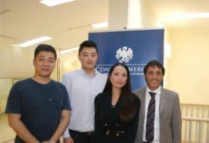 Spinello con Ming Yue e  Xiang Ji