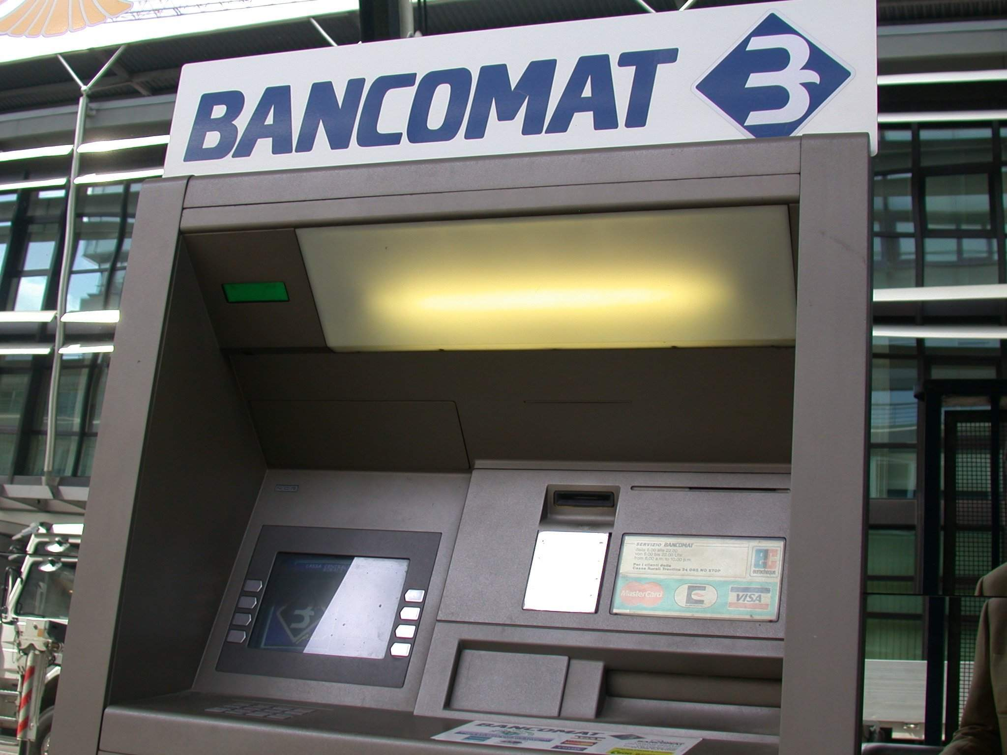Photo of FIRENZE – Furti al bancomat, arrestati 3 rumeni