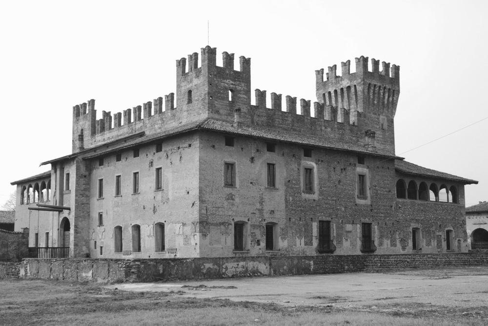 Photo of Vacanze da brivido – eDreams propone un viaggio fra castelli e ville stregate