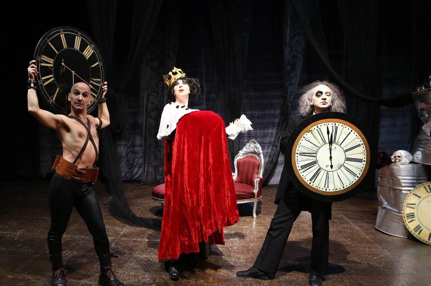 Photo of Veronica Pivetti al Teatro delle Arti di Lastra a Singa con 'Mortaccia'