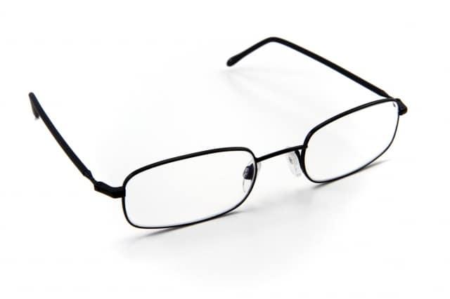 Photo of FALSI – Sequestro di 20.000 occhiali provenienti da Cina