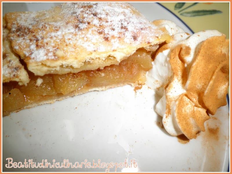 Photo of Apfelstrudel, strudel di mele con pasta sfoglia
