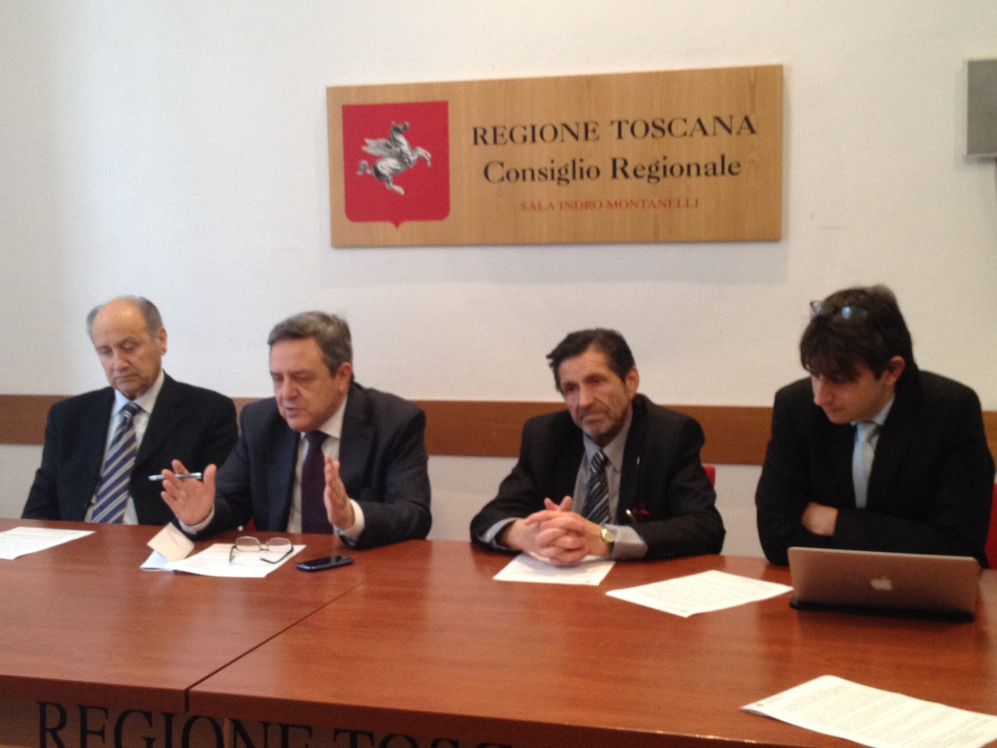 Photo of Legge elettorale Toscana, il Centrodestra la vuole così