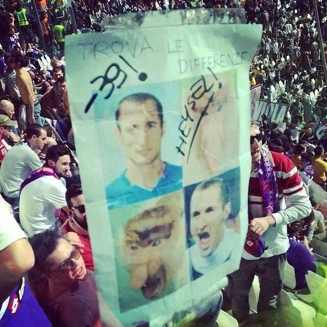 Il cartello sulle vittime dell'Heysel esposto allo Juventus Stadium da alcuni supporter della Fiorentina