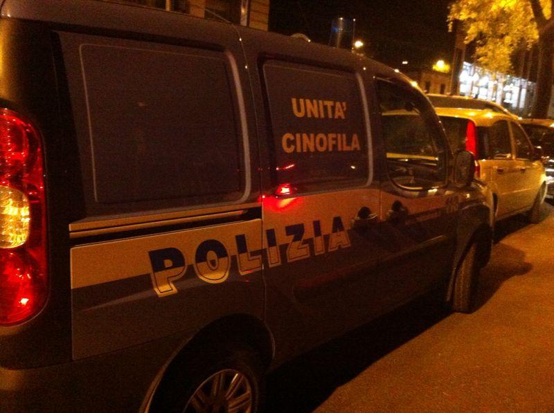 Photo of FIRENZE – Spaccio a Bellariva, blitz della Polizia cinofila