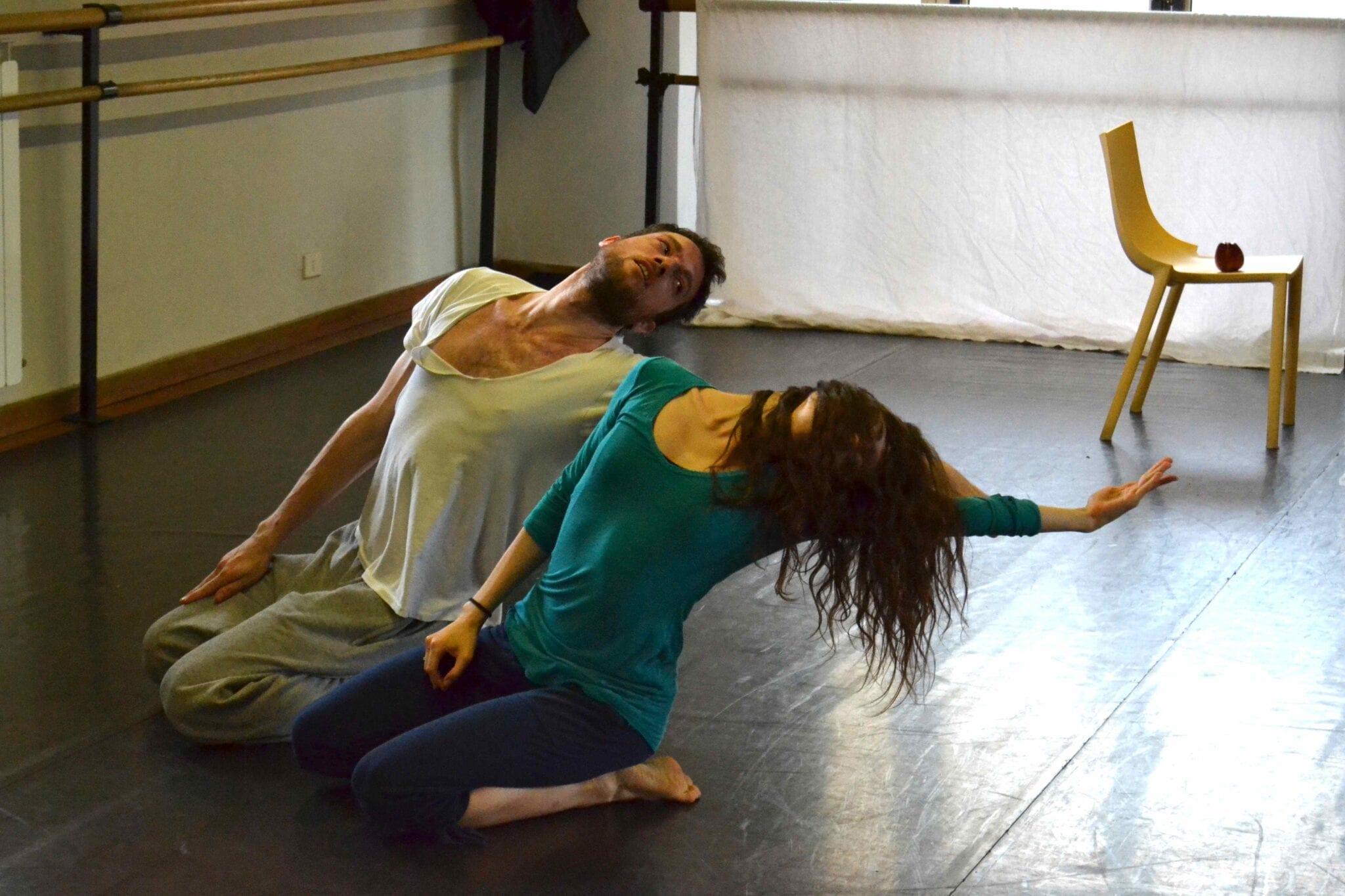 Photo of La Compagnia Francesca Selva debutta ad Avignon Off 2014 con 'Amore Amaro'