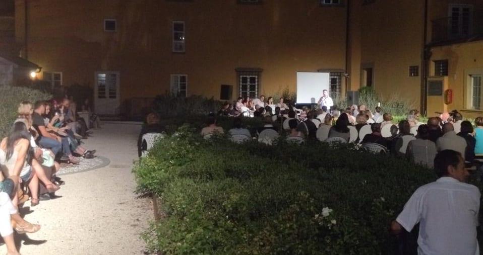 La serata al Giardino Buonamici (foto Alberto Nieri, tratta da Facebook)
