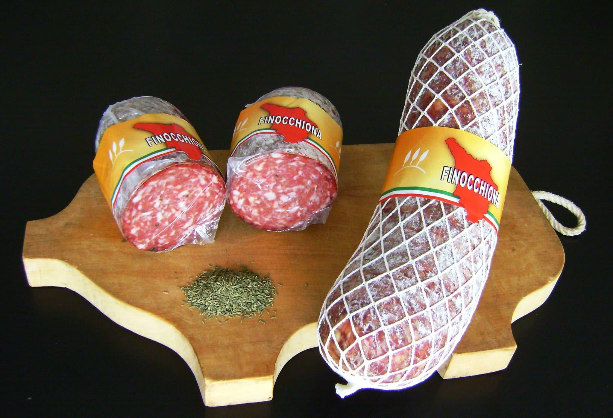 Photo of FIRENZE – in attesa dell'I.G.P., la Finocchiona allo stand dei prodotti tipici della Toscana.