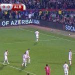"""Serbia-Albania, 24'33"""", una bandiera della Grecia compare in una delle curve"""