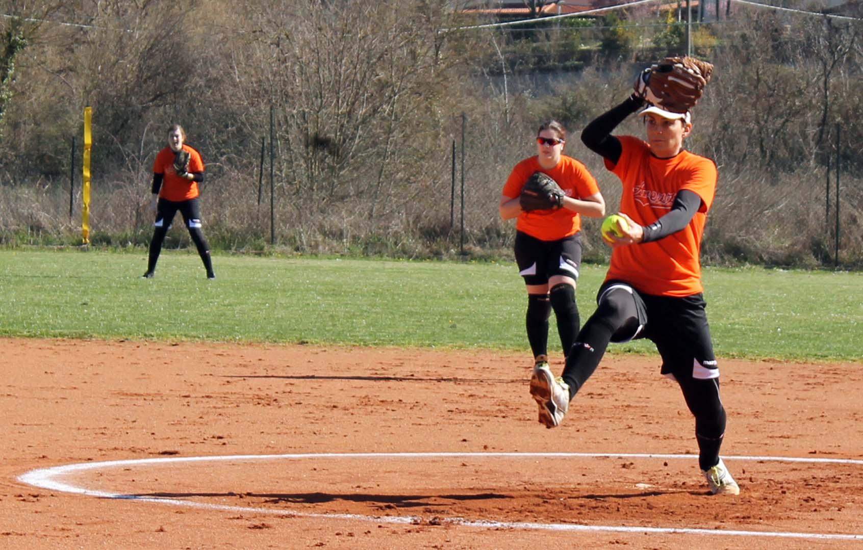 Photo of Quattro grandi colpi fanno sognare il Monnalisa Softball