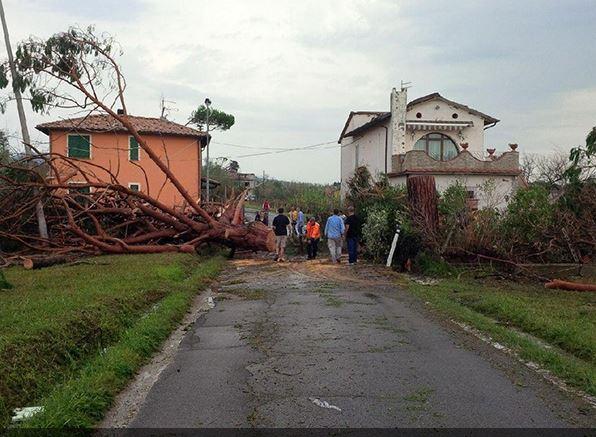 """Photo of """"Uragano"""", giunta approva proposta di legge urgente: 3 milioni di euro per le famiglie"""