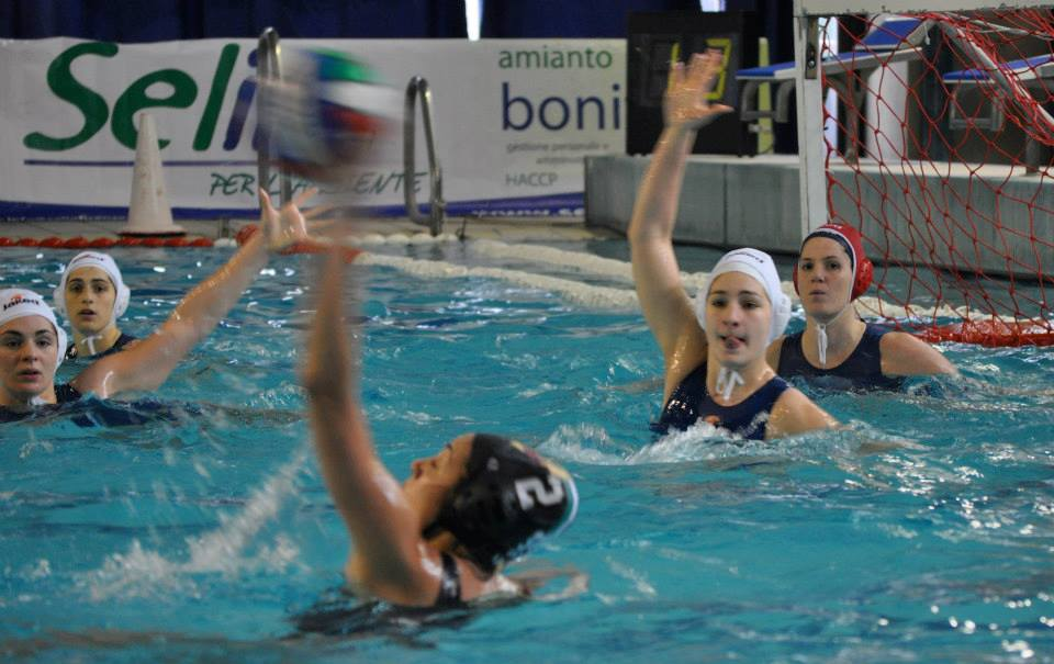 Photo of La Prato Waterpolo vince il derby con Firenze