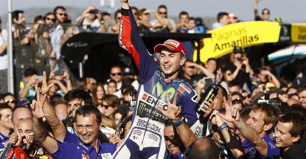 Photo of MOTOGP – Lorenzo vince a Valencia ed è Campione del Mondo