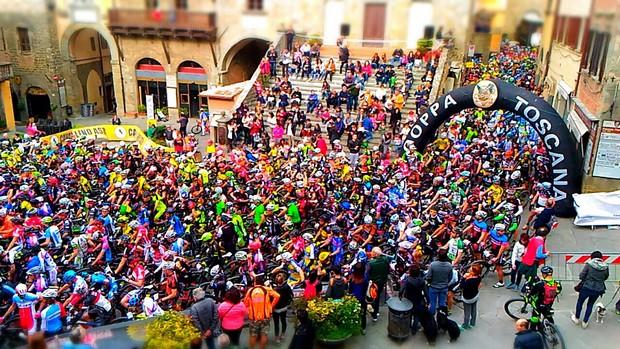 Photo of CICLISMO – Vito Buono vince la Rampichiana, grande pubblico e oltre 1300 ciclisti al via