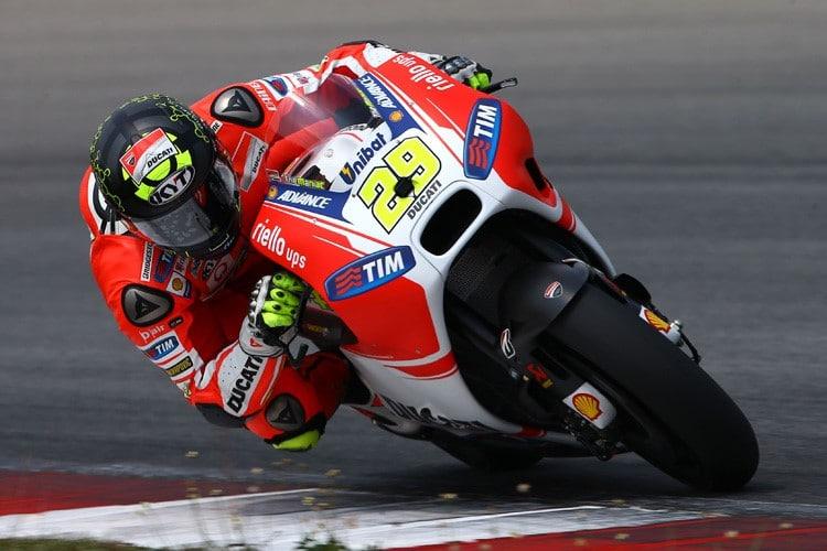 Photo of MOTOGP – Storica doppietta Ducati, Iannone davanti a Dovizioso in Austria