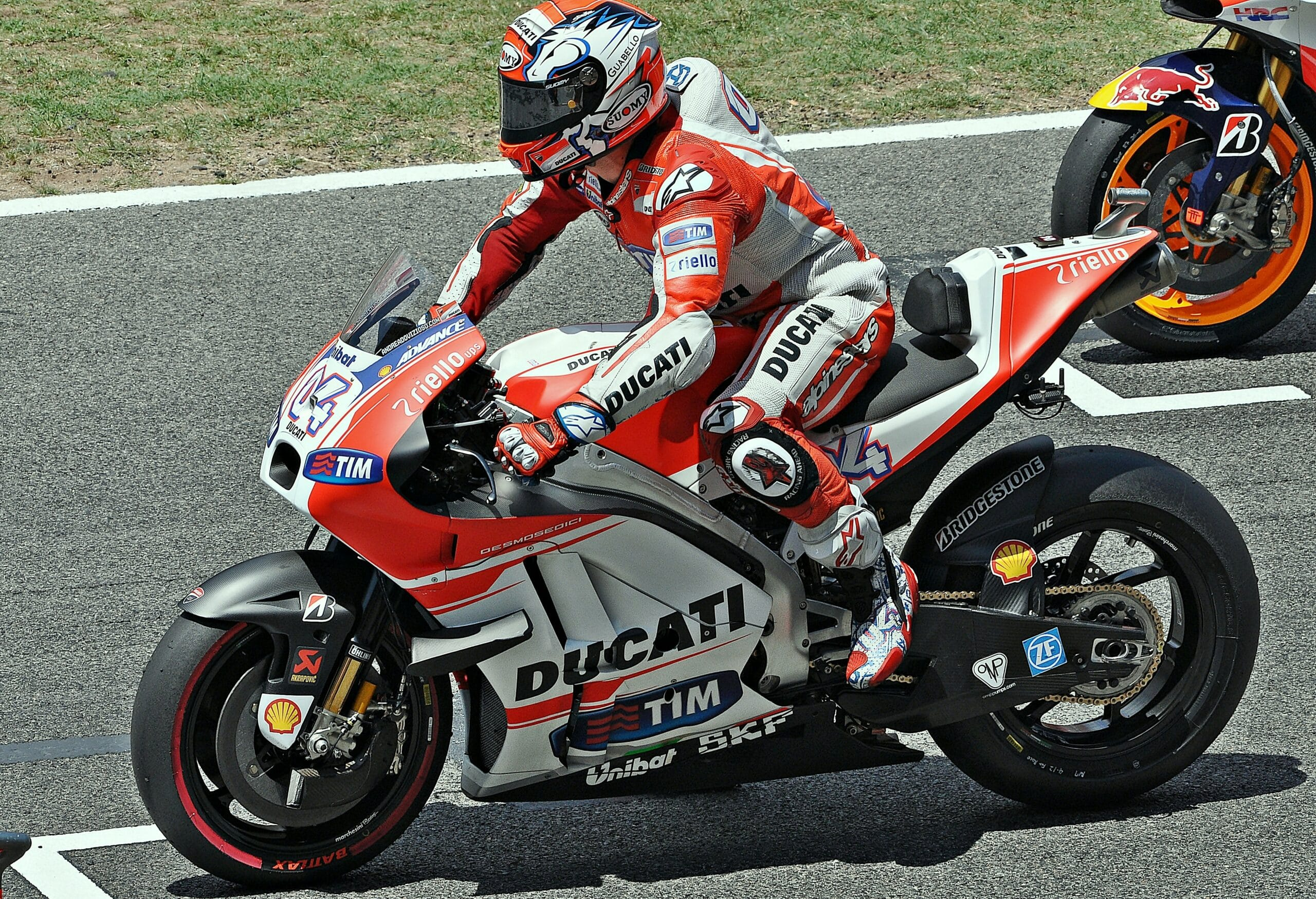 Photo of MOTOGP – Grande pole di Dovizioso in Malesia, Rossi secondo e Lorenzo terzo
