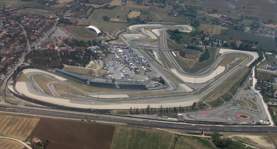 Photo of MOTOGP – Super Lorenzo a Misano! Record della pista abbattuto e pole. Rossi 2°, Marquez 4°