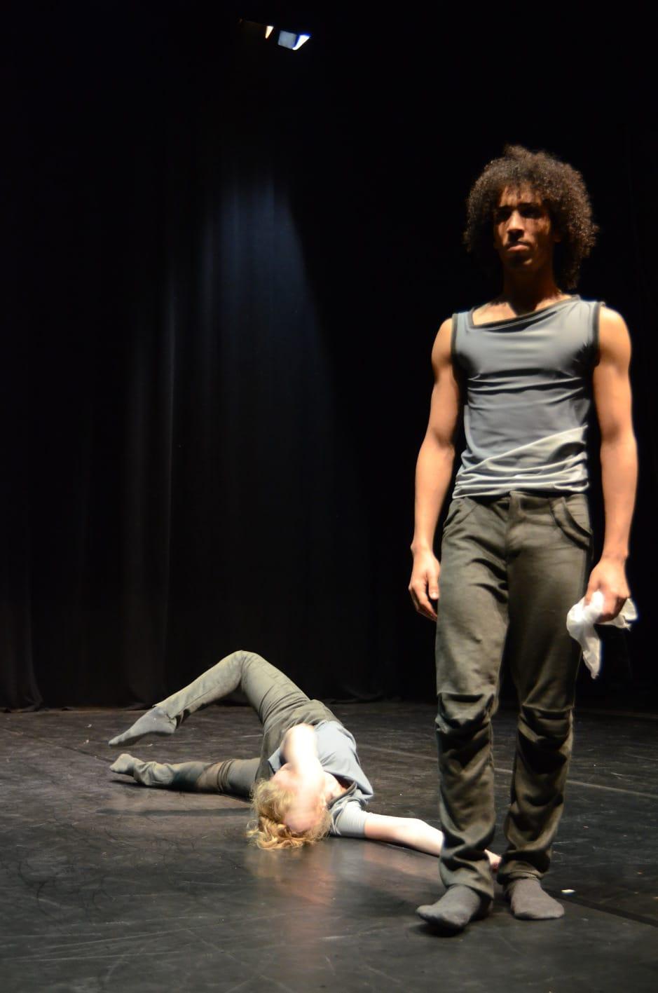 """Photo of LASTRA A SIGNA – """"Otello"""" e """"Il cuore altrove"""" aprono la stagione di danza"""