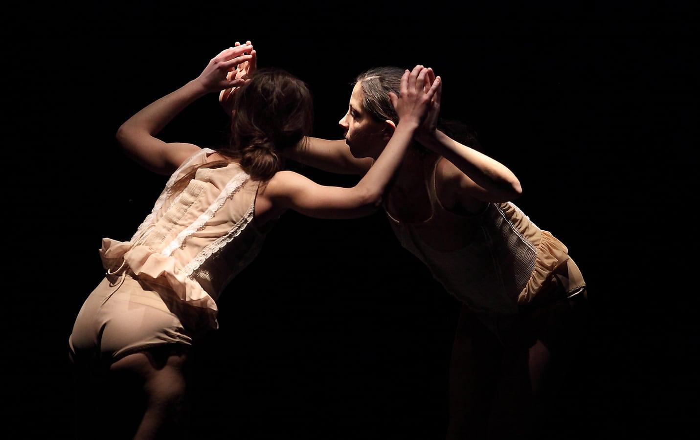 Photo of AREZZO – Appuntamenti con la danza contemporanea d'autore al Teatro Mecenate