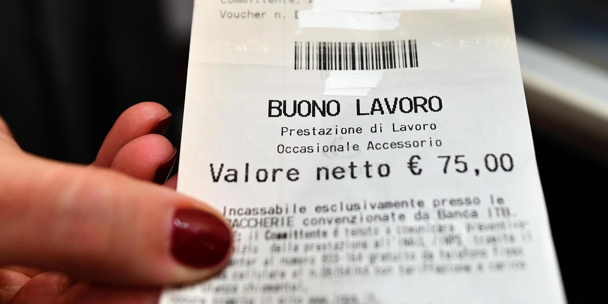 Photo of LAVORO – Meglio i voucher o il pagamento in nero?