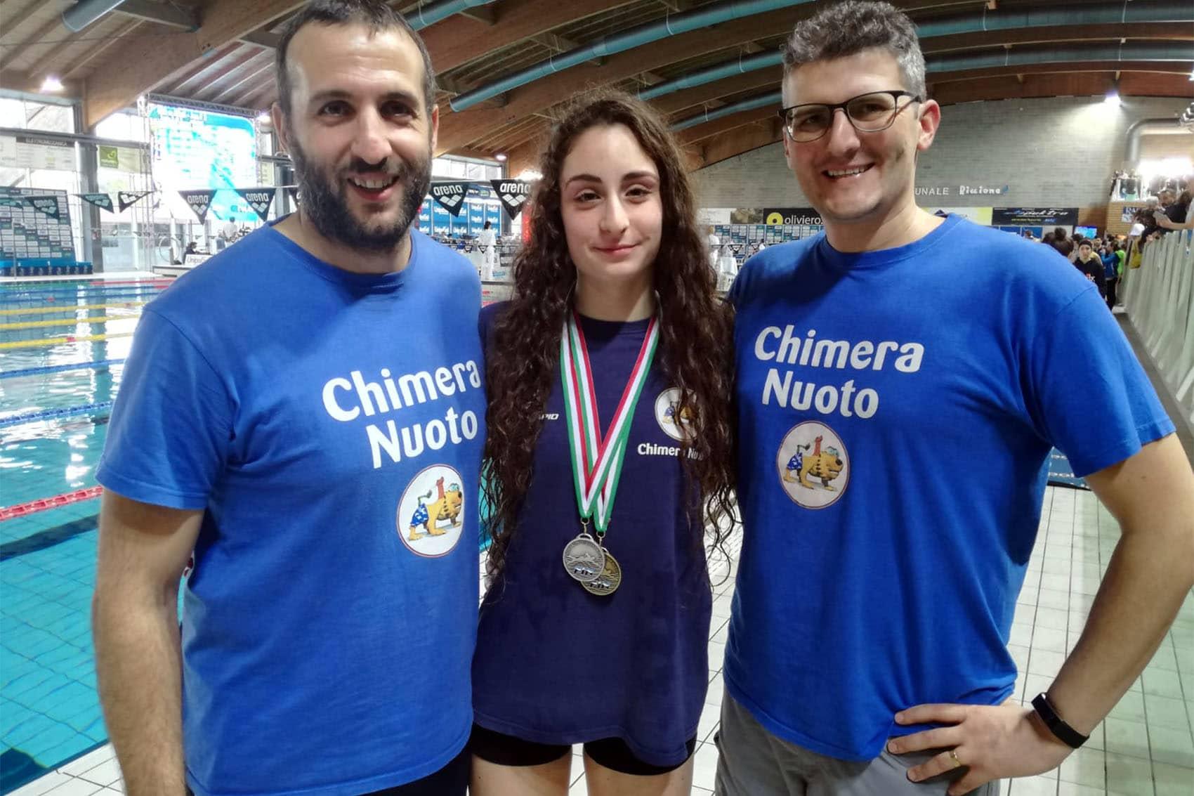 Photo of NUOTO – Un argento e un bronzo tricolori per Eleonora Camisa