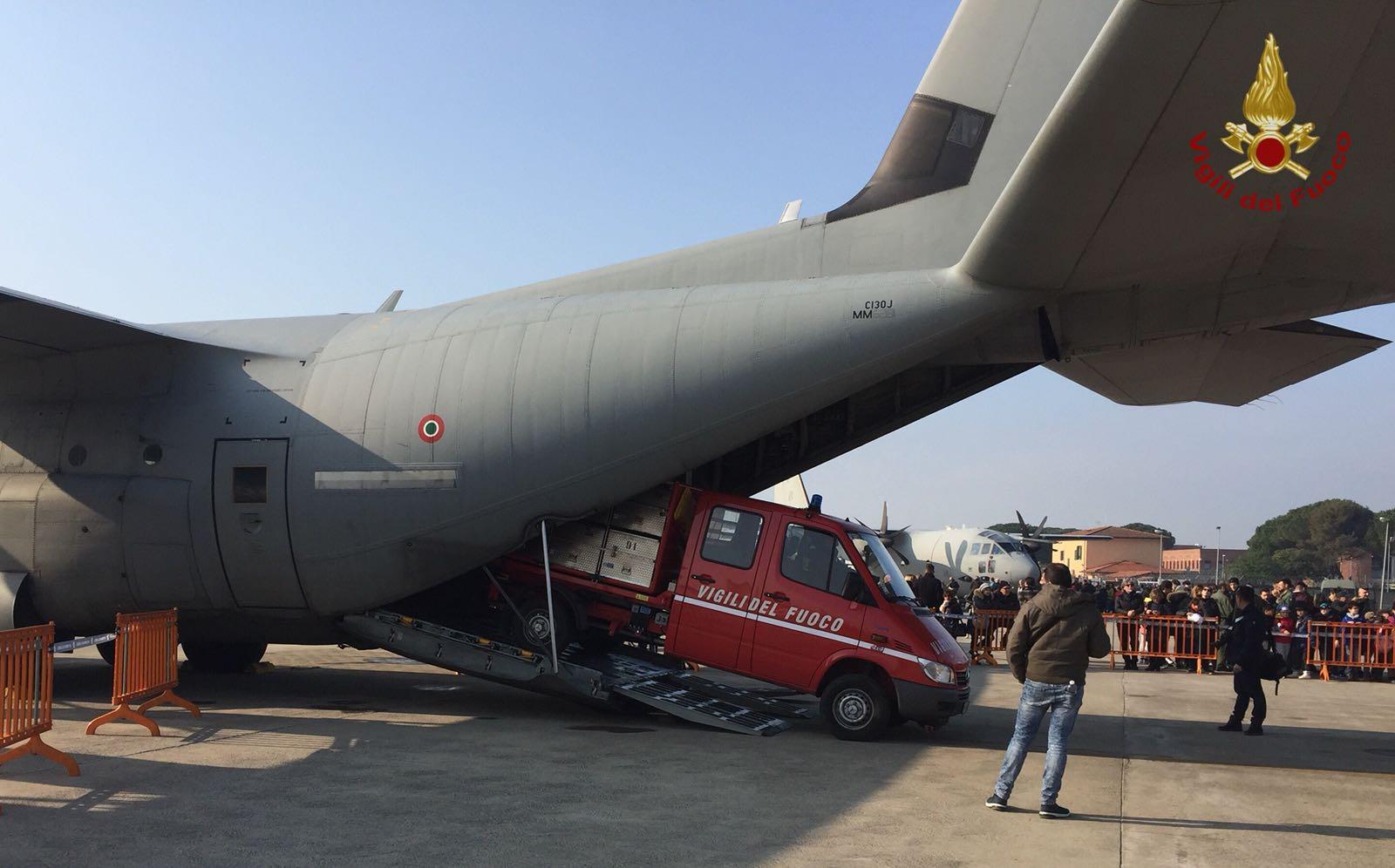 Photo of Accordo tra Areonautica Militare e Vigili del Fuoco per uno spostamento più rapido di mezzi e uomini