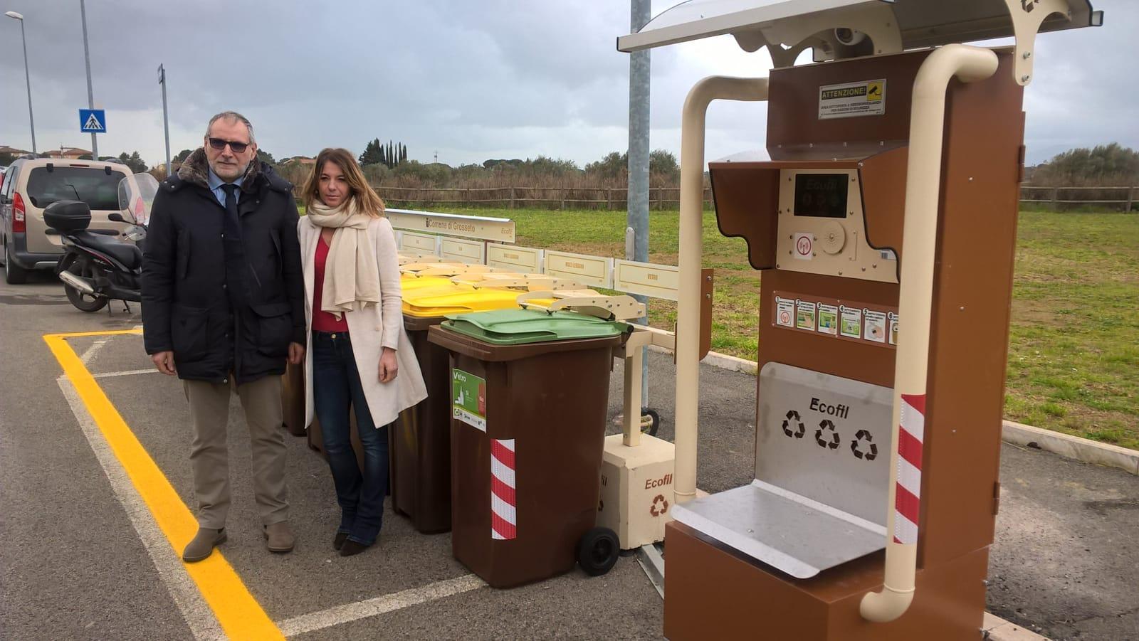 Photo of GROSSETO – Isole ecologiche 'Le Gemme': da lunedì via al conferimento con il nuovo sistema